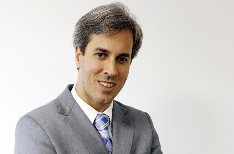 André W Machado