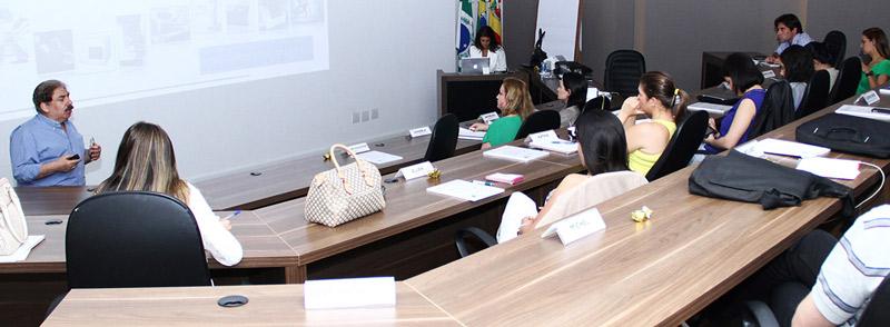 Excelência na Estética tem aula com os Drs. Marco Antônio Bottino e Renata Faria